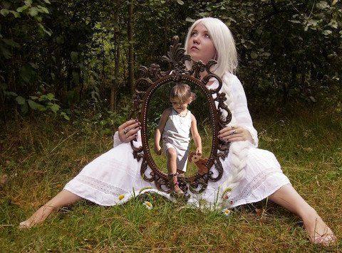 person-mirrorweb